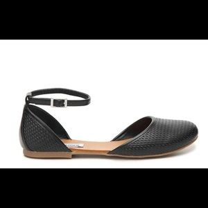 Steve Madden Maia ankle strap flats